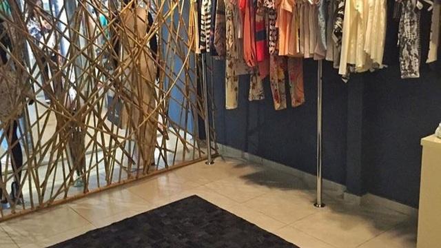 530d7328cec Linda loja de roupas e acessórios femininos toda montada